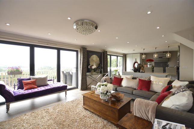 Thumbnail Detached house for sale in Dragon Road, Winterbourne, Bristol