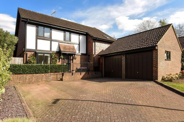 Thumbnail Detached house for sale in Cavendish Meads, Sunninghill
