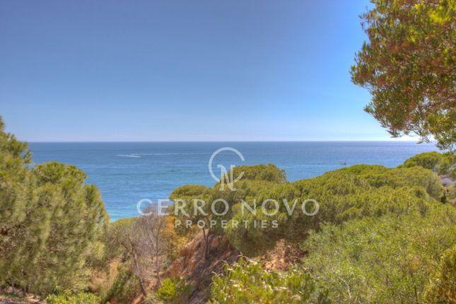 Thumbnail Villa for sale in East Of Albufeira, Algarve, Portugal