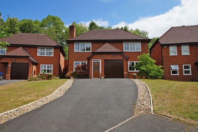 Thumbnail Detached house for sale in Chesterton Close, Redditch