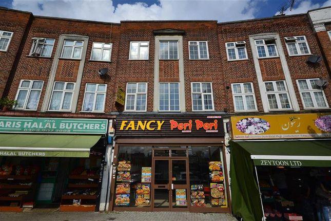 Thumbnail Flat to rent in Belmont Circle, Kenton Lane, Harrow