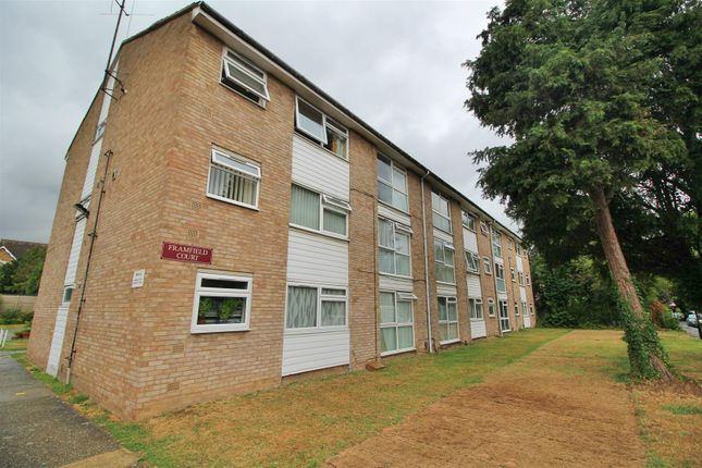 Thumbnail Flat for sale in Queen Annes Gardens, Enfield