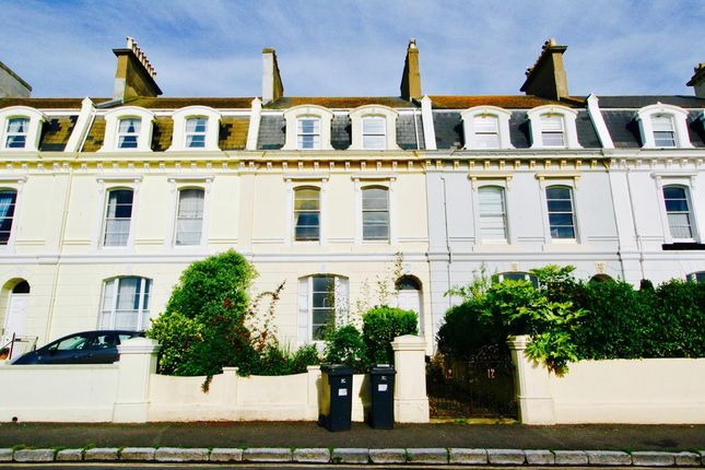 Thumbnail Flat to rent in Powderham Terrace, Teignmouth