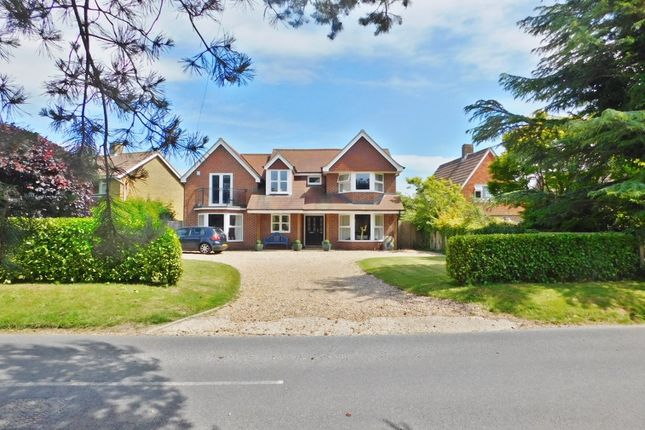 Thumbnail Detached house to rent in Old Street, Stubbington, Fareham