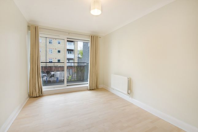 Thumbnail Flat to rent in Providence Square, Shad Thames, London