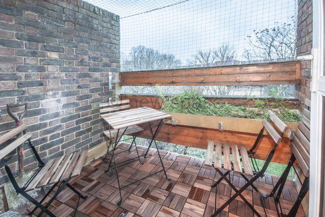 Thumbnail Triplex to rent in Blythendale House, Mansford Street, Cambridge Heath