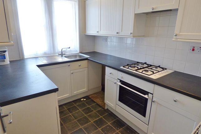 Thumbnail Flat to rent in Grosvenor House, 17 Grosvenor Road, Scarborough