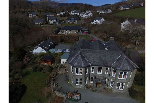 Thumbnail Property for sale in Pen Y Cefn Road, Dolgellau