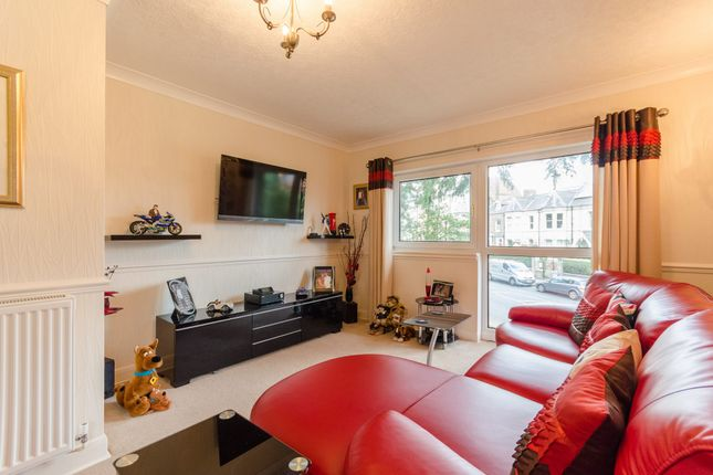 Thumbnail Flat for sale in West Bank, York