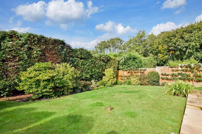 Thumbnail Detached house for sale in Highcroft Road, East Grinstead, West Sussex