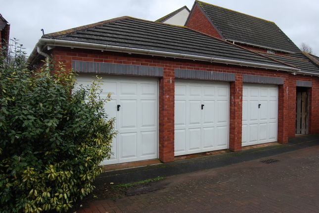 Old bakery close exwick exeter devon ex4 2 bedroom for Classic house bakery