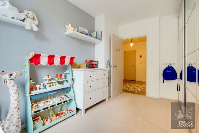 Bedroom of Lanyard Court, 24 Nellie Cressall Way, London E3