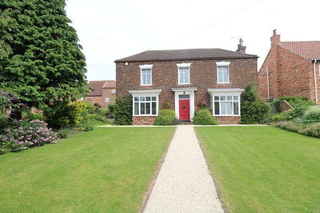 Thumbnail Detached house for sale in West End Road, Epworth, Doncaster