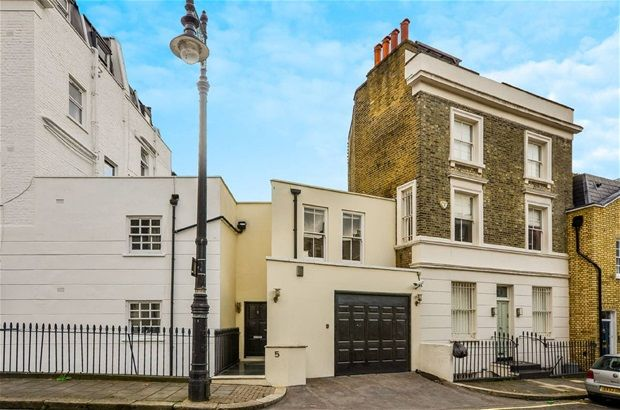 Thumbnail Property to rent in Warwick Place North, London