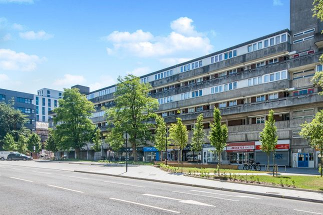 Thumbnail Flat for sale in Commercial Road, Southampton