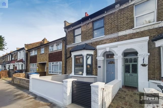 Thumbnail Terraced house to rent in Oakley Road, South Norwood