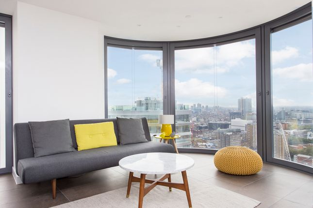 Thumbnail Flat to rent in 261 City Road, London