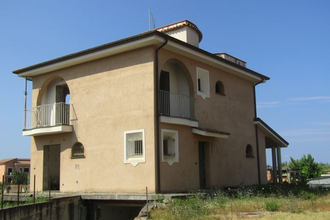 Thumbnail Bungalow for sale in Via Imprese, Scalea, Cosenza, Calabria, Italy