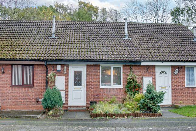 Thumbnail Terraced bungalow for sale in Banners Lane, Crabbs Cross, Redditch