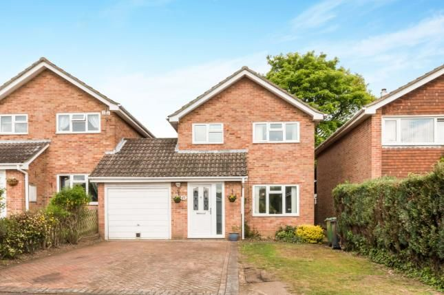 Thumbnail Link-detached house for sale in Tadley, Hampshire, England