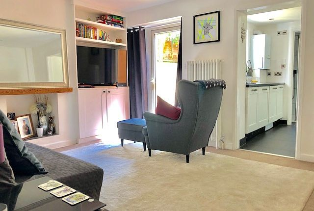 1 bed property to rent in Montgomery Street, Hove BN3