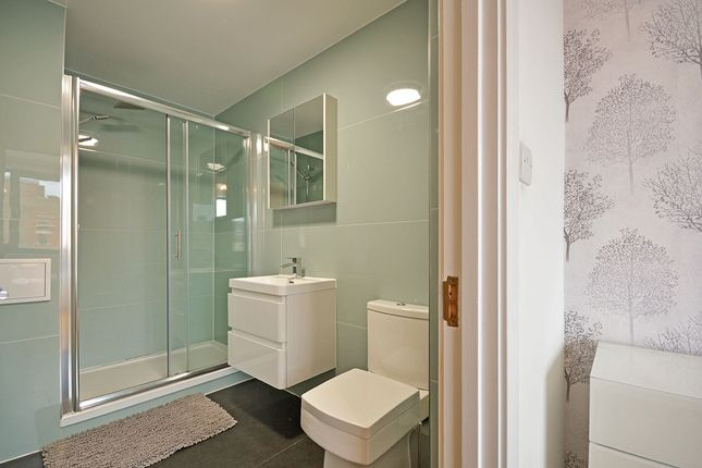 En-Suite of Medway Street Apartments, 26-28 Medway Street, Maidstone, Kent ME14