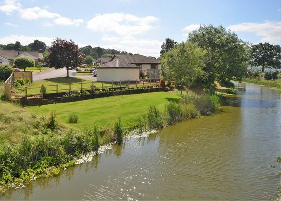 Thumbnail Detached bungalow for sale in Spurway Road, Tiverton