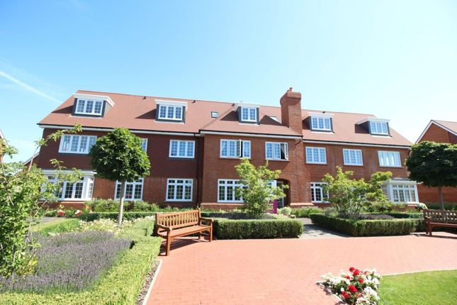 Thumbnail Flat for sale in Morris Square, Bognor Regis