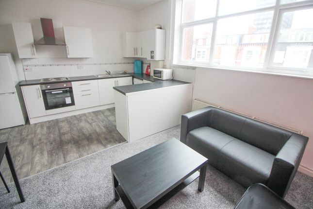 Thumbnail Shared accommodation to rent in Borough Road, Middlesbrough