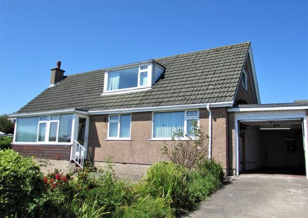 Thumbnail Bungalow to rent in King Edward Road, Onchan, Isle Of Man