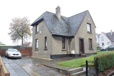 3 bed semi-detached house to rent in The Avenue, Whitburn, Whitburn