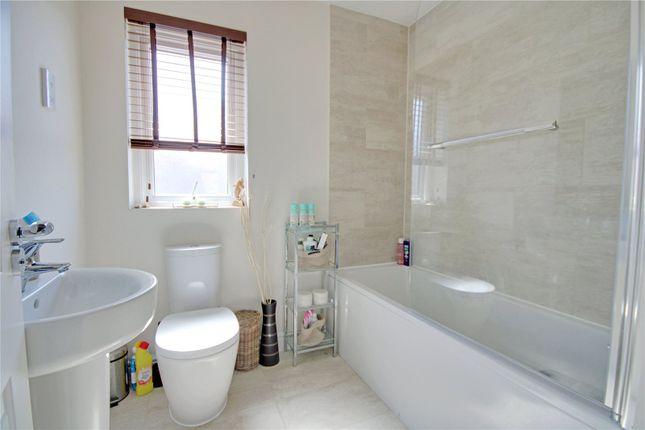 Picture No. 05 of Eilmer Close, Addlestone, Surrey KT15