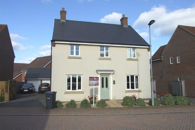 Thumbnail Detached house for sale in Hawthorn Road, Melksham