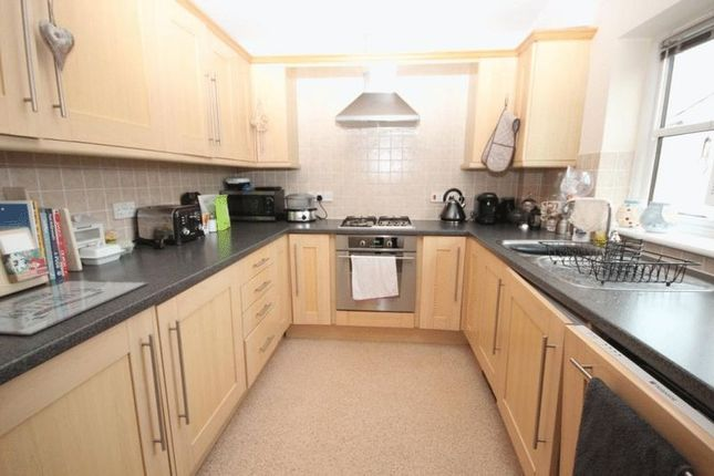 Thumbnail Flat for sale in Lower Clarence Road, Norwich