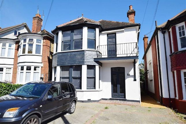 Thumbnail Detached house to rent in Cobham Road, Westcliff On Sea, Essex