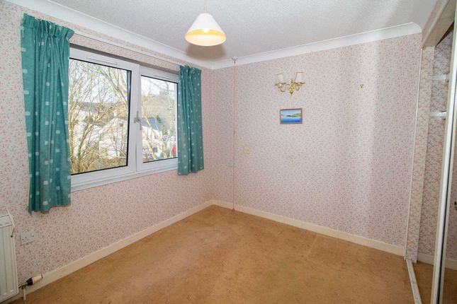 2 bedroom semi-detached house for sale in Elphinstone Mews, Lochwinnoch Road, Kilmacolm