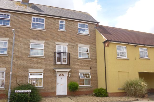 Thumbnail Town house to rent in Holst Avenue, Witham