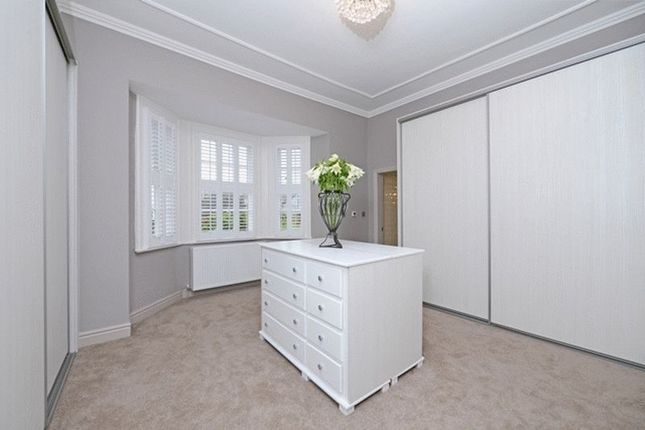 Dressing Room of Barnston Road, Heswall, Wirral CH61