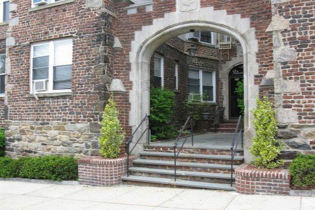 Thumbnail Property for sale in 305 Sixth Avenue Pelham, Pelham, New York, 10803, United States Of America