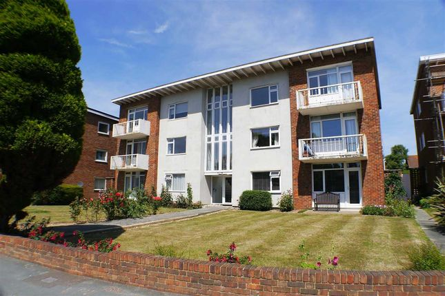 Thumbnail Flat for sale in Mulberry Court, Goring Road, Goring