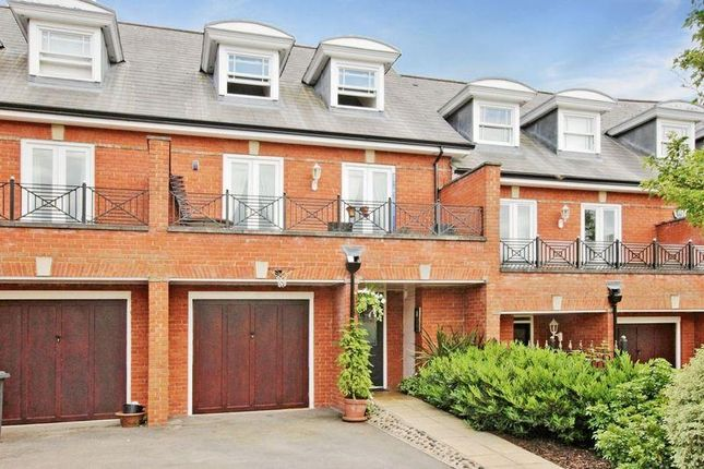 Thumbnail Terraced house to rent in Lancaster Avenue, Guildford
