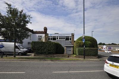 Photo 4 of Parkside, London Road, Burgess Hill RH15