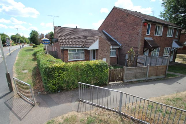 Thumbnail Detached bungalow to rent in Barnsdale Road, Leicester