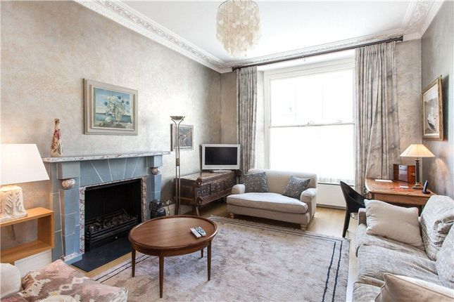 Thumbnail Flat for sale in Palace Gardens Terrace, London