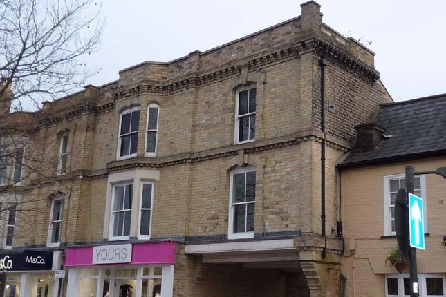 Thumbnail Flat to rent in Market Square, Biggleswade