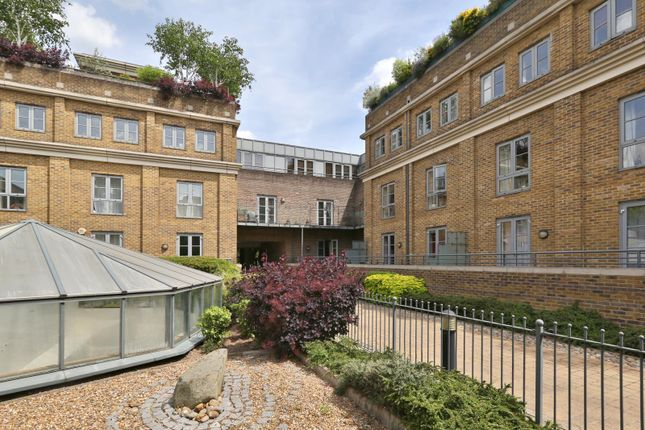 Thumbnail Flat to rent in Hepworth Court, Anderson Square, London