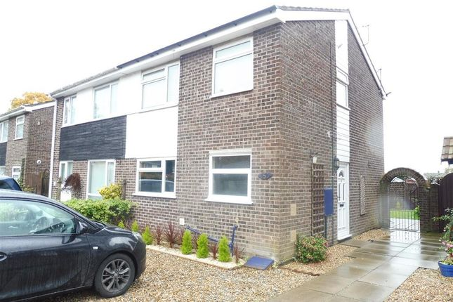 3 bed semi-detached house to rent in Church Close, Roydon, Diss IP22