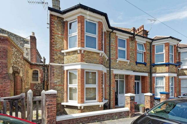 Thumbnail End terrace house to rent in Grosvenor Road, Broadstairs
