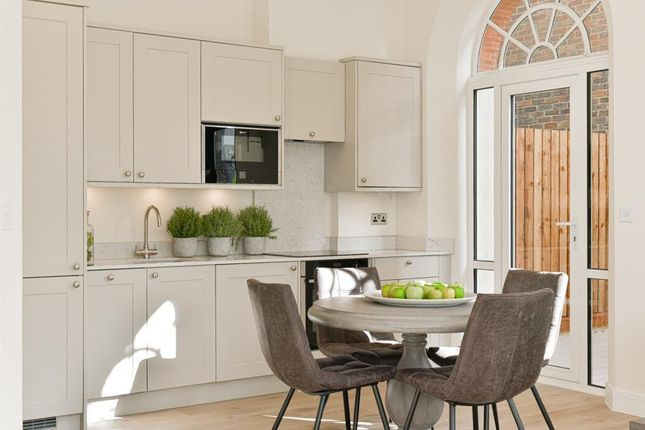 Kitchen (Main) of Hare Lane, Claygate, Esher KT10