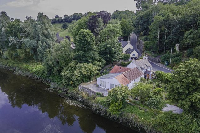 Thumbnail Cottage for sale in 52 Quay Street, Haverfordwest